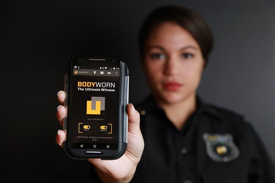 Body worn cameras on your smart phone2