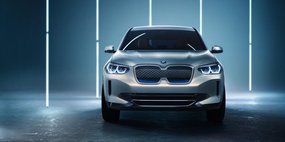 BMW iX1