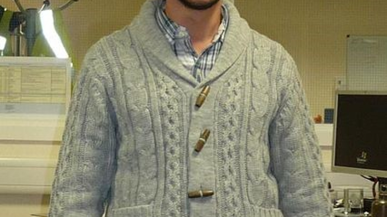 How to style a shawl collar sweater2
