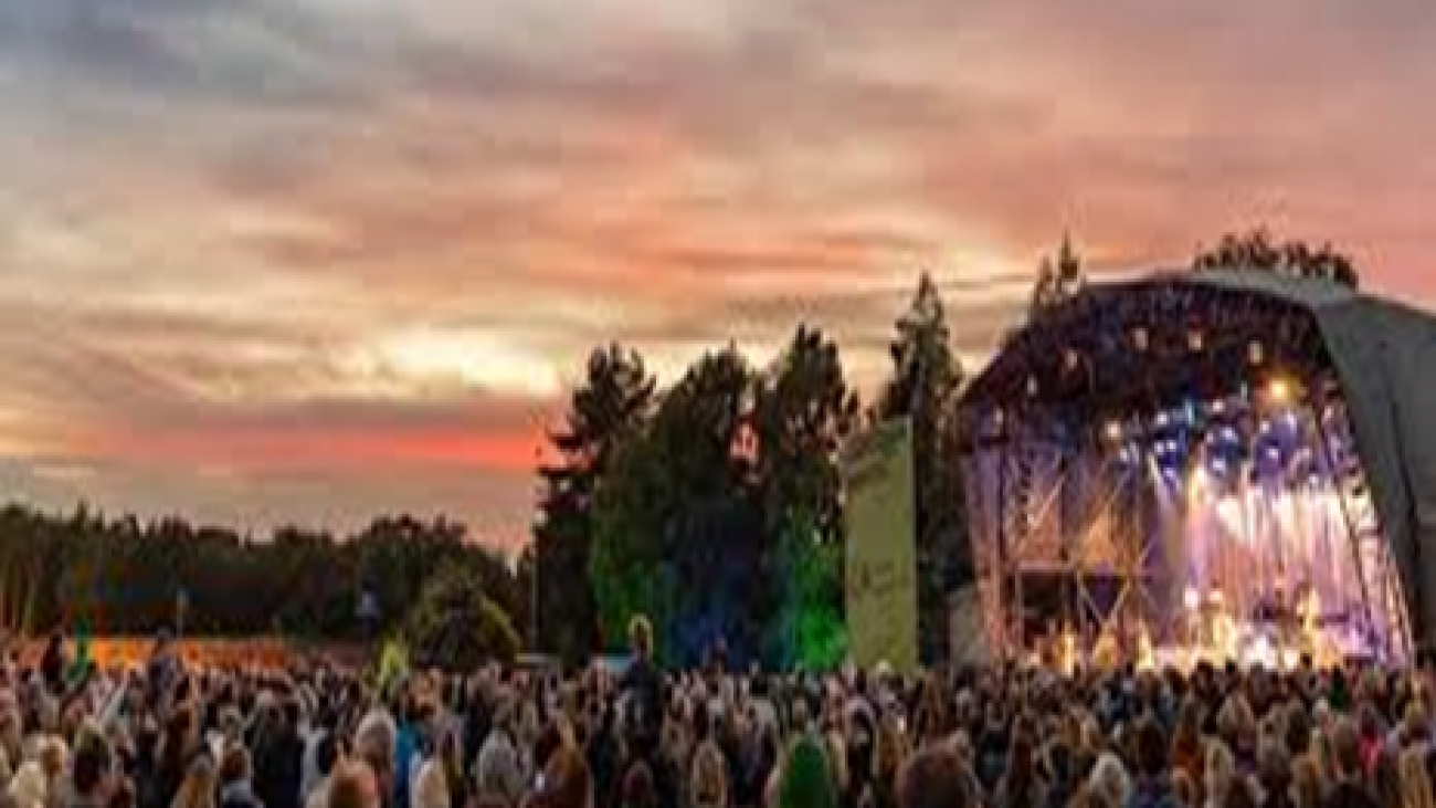 Live, exciting outdoor music concerts